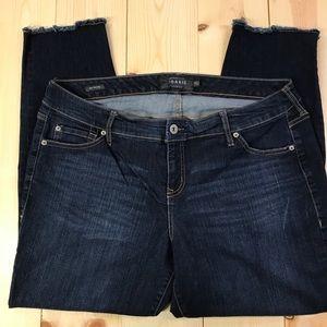 Torrid boyfriend jeans size 16
